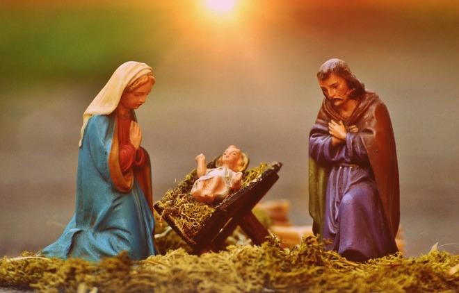 Jesus Mary And Joseph Fig Christmas Crib Figures